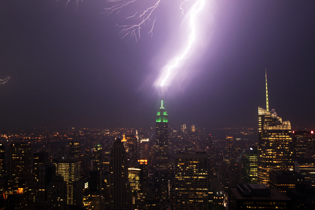 Lightning strikes the Empire State Building