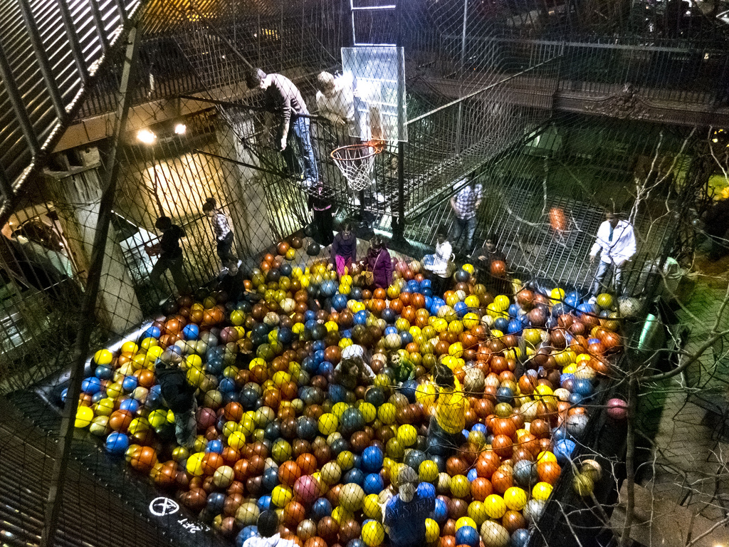 The city museum in st louis is the first eye heart for Ball pits near me